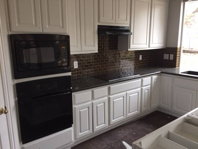 Interior Painting Services: Make Your Kitchen Pop