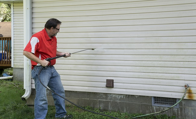 Important Information Before Pressure Washing Your Home