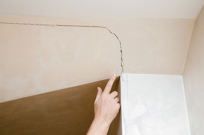 Why You Should Not Wait to Repair Damaged Drywall