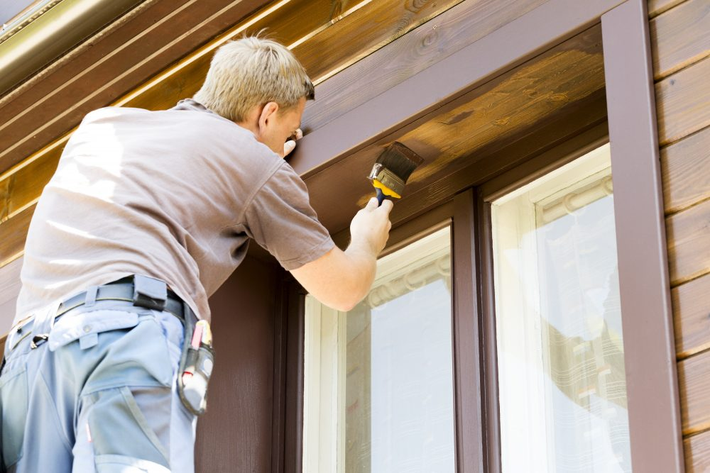 Why You Should Always Hire A Painter To Paint The Exterior Of Your Home